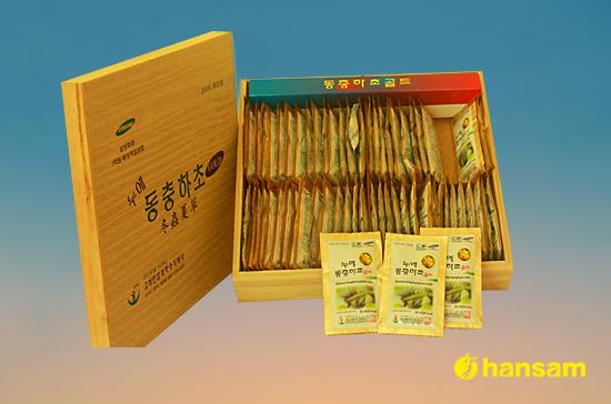 Đông trùng hạ thảo hộp gỗ